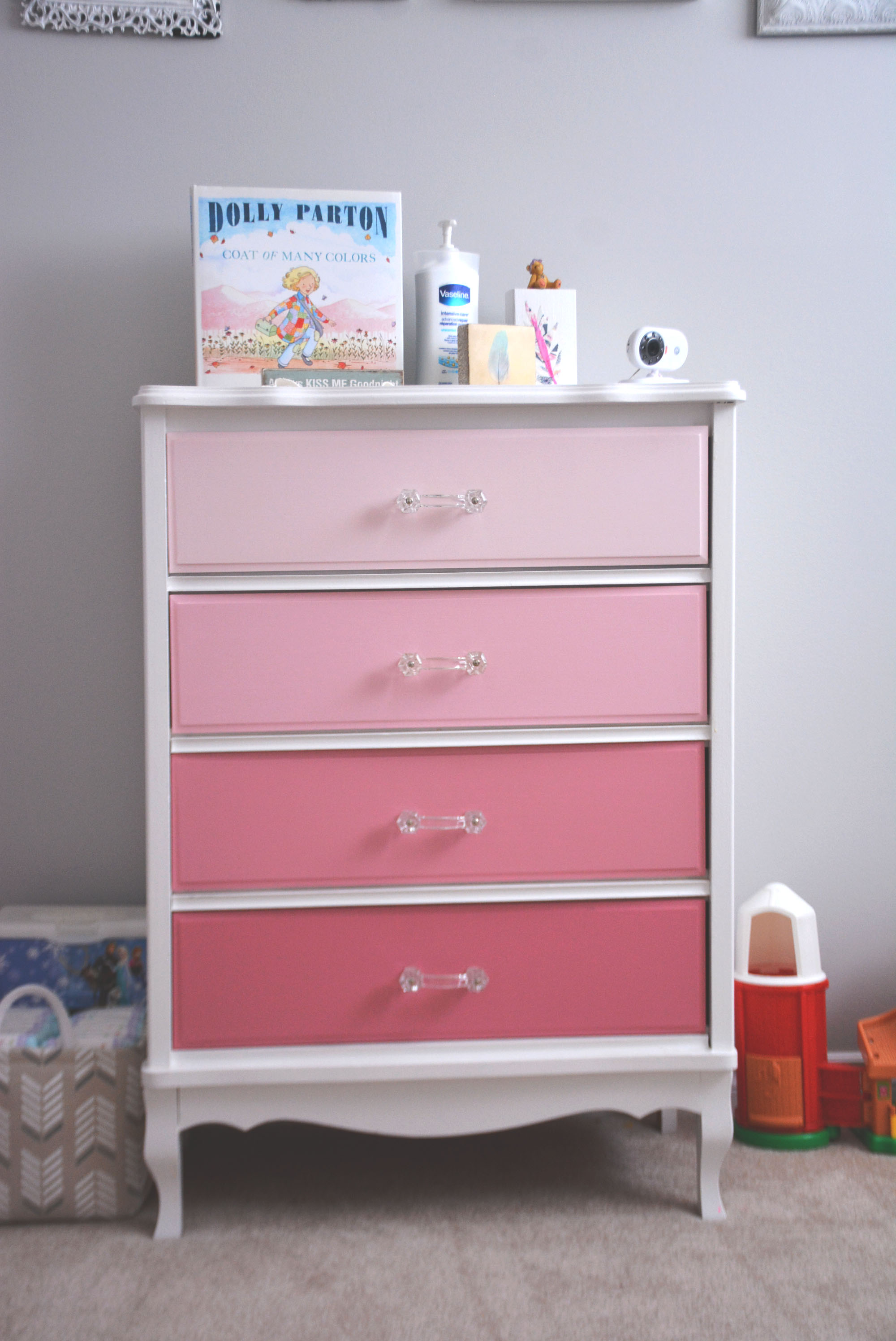 design of for toys com r furniture reviravoltta collection small inspiring awesome dressers us dresser babies storage